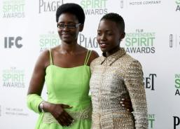 Lupita Nyong'o and her mother Dorothy Nyong'o arrive for the 2014 Film Independent Spirit Awards.